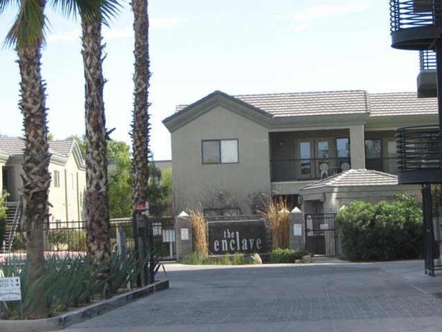 4533 N 22nd ST Enclave Entrance