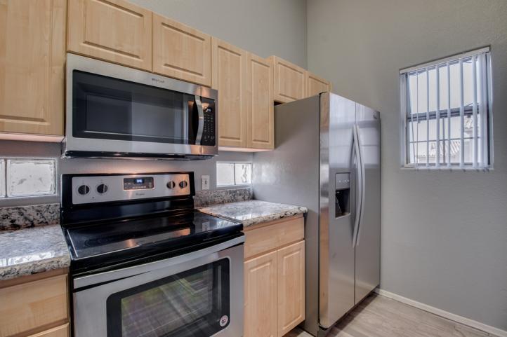 20801 N 90th PL Side-by-Side Refrigerator_09062018