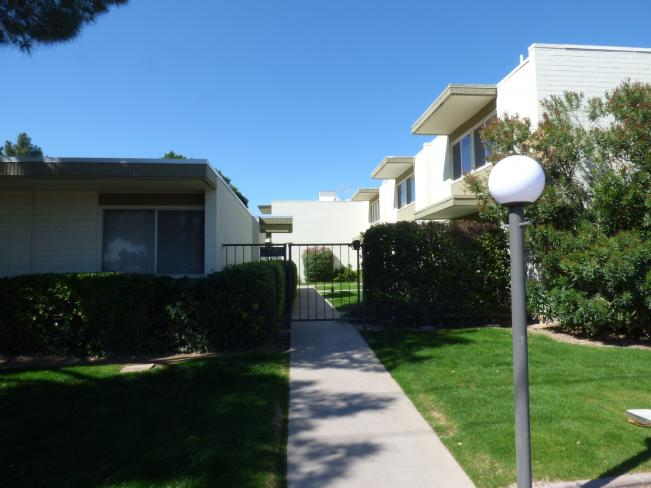 7740 E Heatherbrae AVE a1 Entry to Lockbox - 78th St side_03032020