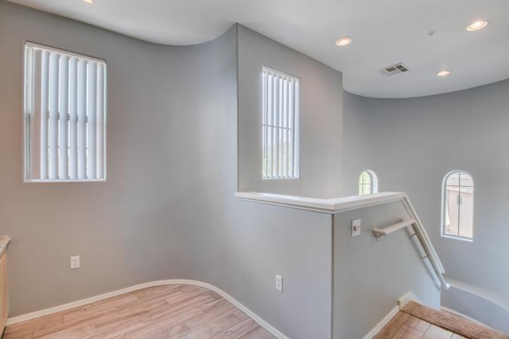 20801 N 90th PL Elegant Rotunda Style Interior Stairs_09062018