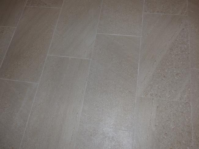 3001 W Elm ST g (beautiful flooring)_07082019