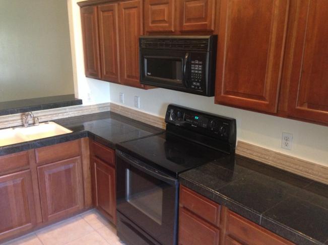 4533 N 22nd ST Kitchen